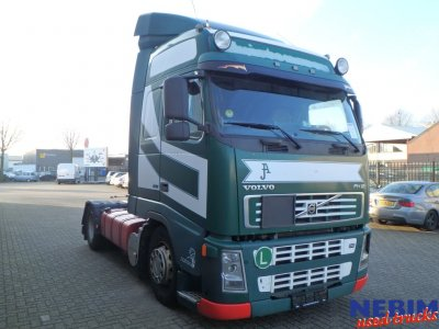Volvo  FH12 420 X-Low Globetrotter I-Shift (1)