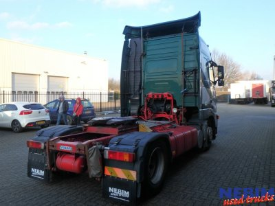 Volvo  FH12 420 X-Low Globetrotter I-Shift (2)