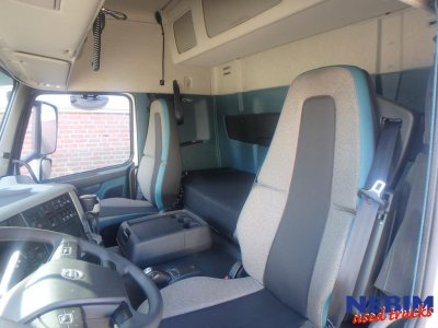 Volvo  FM370 4x2 Euro 6 Globe Only to see on appointment (2)