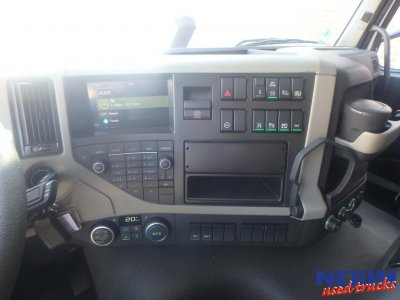 Volvo  FM370 4x2 Euro 6 Globe Only to see on appointment (3)