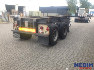 Flandria  COP/2 Steel/spring susp. 20 ft container chassis (1)
