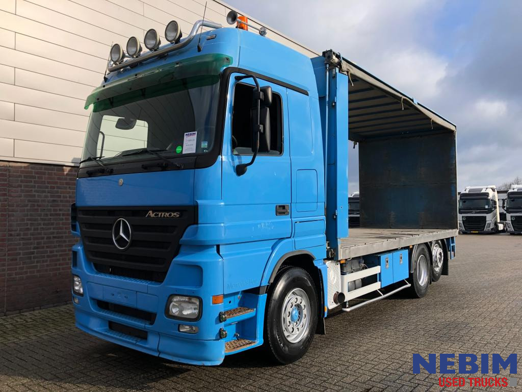 Actros 2641 Euro 3 EPS / Poultry truck